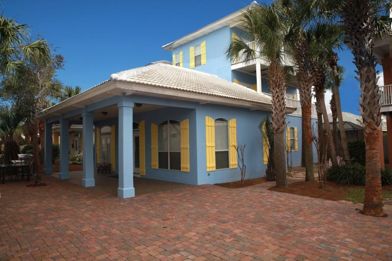 \'Blessing by the Sea\'-Newly expanded driveway fits 5 cars! - Blessing by the Sea-1st Beach Street FREE WIFI - Destin - rentals