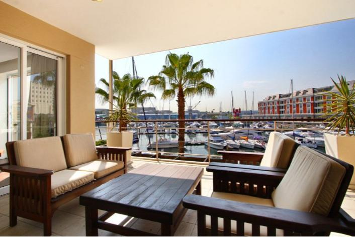 Classically Stylish Luxury Waterfront Apartment - Parergon 102 - Image 1 - Cape Town - rentals