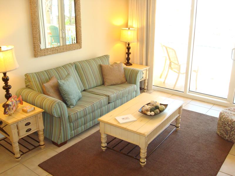 Tropical themed furnishings to get you in the 'beach' spirit! - BEACHFRONT SPECIALS! 10/25 - 10/31 &Free Bch Chrs - Panama City Beach - rentals