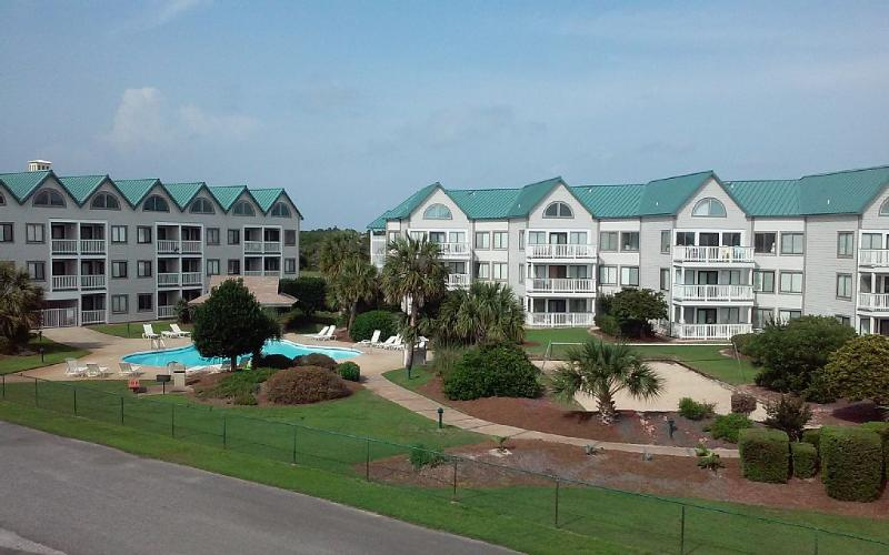 Gulf and Pool View - Image 1 - Gulf Shores - rentals
