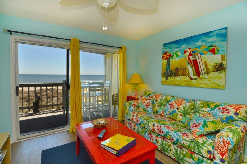 BEAUTIFUL LIVING SPACE - Sands IV 2C- BEAUTIFUL 2BR/2BA OCEANFRONT CONDO - Carolina Beach - rentals