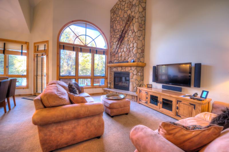Luxury 5 Bed *Great Location* Town/Ski Lift/Pool - Image 1 - Breckenridge - rentals