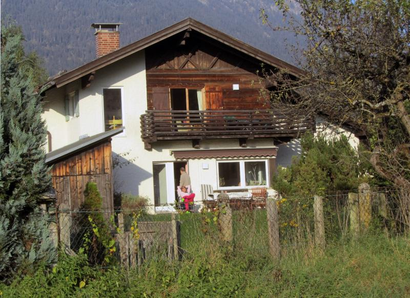 House with terrace - Garmisch holiday apartment Haus Jaeger - Garmisch-Partenkirchen - rentals