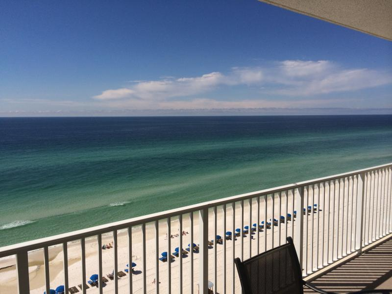 You'll love all of the beautiful colors of the Gulf and the lovely white sands! - Book Your Summer Vacation* Best Reviews * Free Beach Service * Hi Speed WiFi - Panama City Beach - rentals