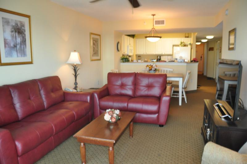 New Italian Leather living room suite - OCEAN FRONT 3 BR 3 BA LUXURY CONDO - Myrtle Beach - rentals