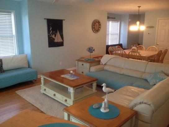 Open living/dining area. Huge, comfortable sectional sofa plus futon. - 5 minute walk to beach& boardwalk Book Sept. dates - Wildwood - rentals