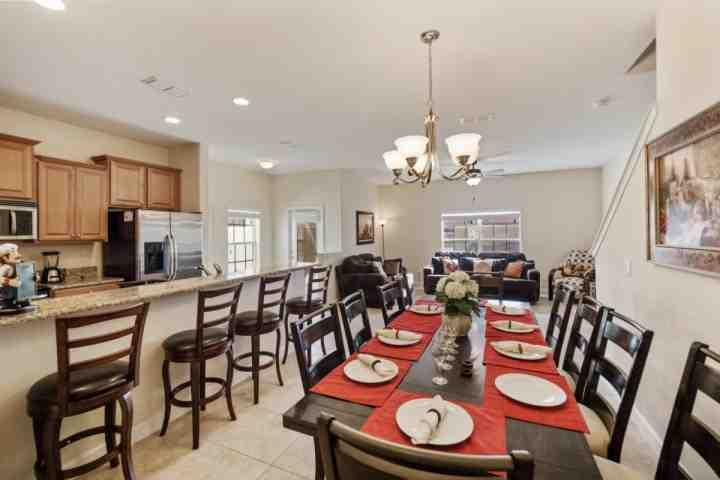 Open Floor Plan w/Dining For 8, Breakfast Bar for 4 and Pool View! - 3071 Paradise Palms - Kissimmee - rentals