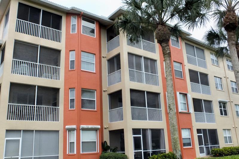Exterior - 2 Bedroom Condo, Bonita Springs Florida - Bonita Springs - rentals