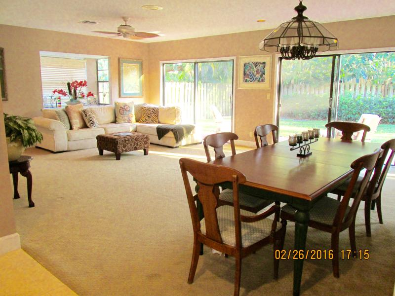 FAMILY VACATION HOME RENTAL  POOL HOLIDAY  FLORIDA - Image 1 - Boca Raton - rentals