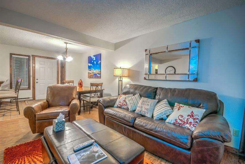 Diamond Rated Luxury, Walk to Slopes - Image 1 - Steamboat Springs - rentals