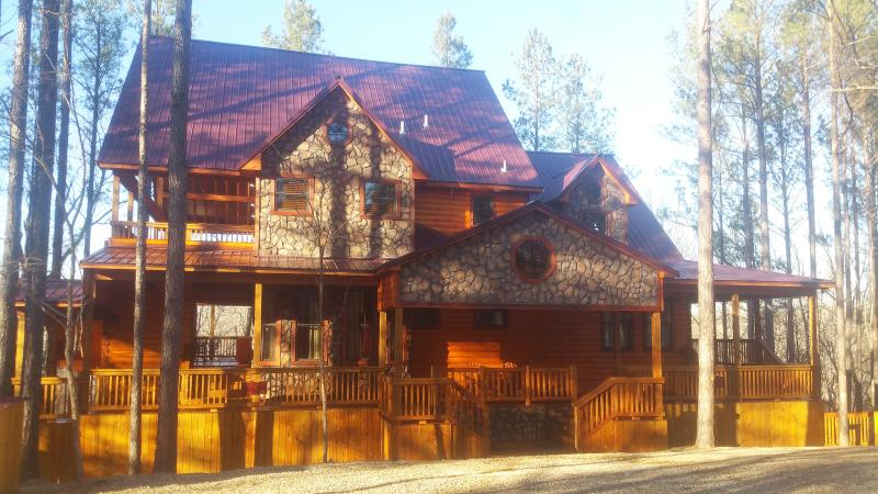 Hilltop Honey Cove - Image 1 - Broken Bow - rentals