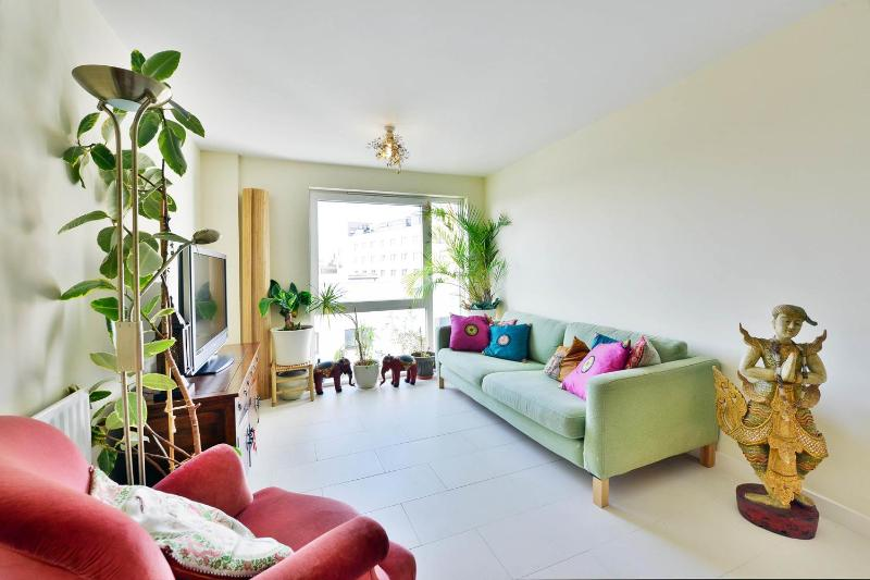 Comfortable 1 Bedroom Apartment in Victoria - Image 1 - London - rentals