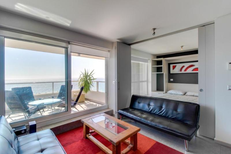 A shared indoor pool, 2 hot tubs & glorious ocean views! - Image 1 - Vina del Mar - rentals