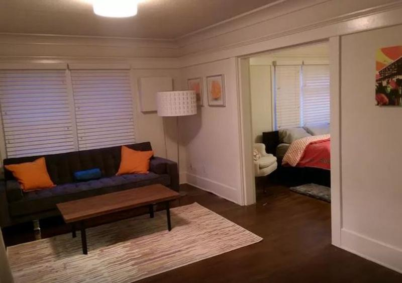 Charming 1 Bedroom Apartment in the Heart of Venice - Image 1 - Venice Beach - rentals