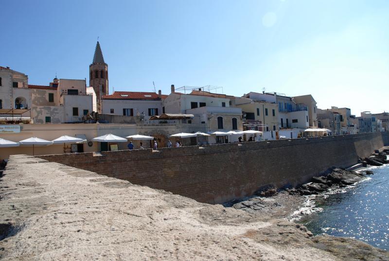Casa Smeralda - Image 1 - Alghero - rentals