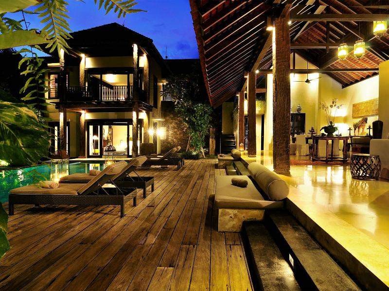 Villa DeSuma - Living area and pool deck - Villa De Suma - an elite haven - Seminyak - rentals