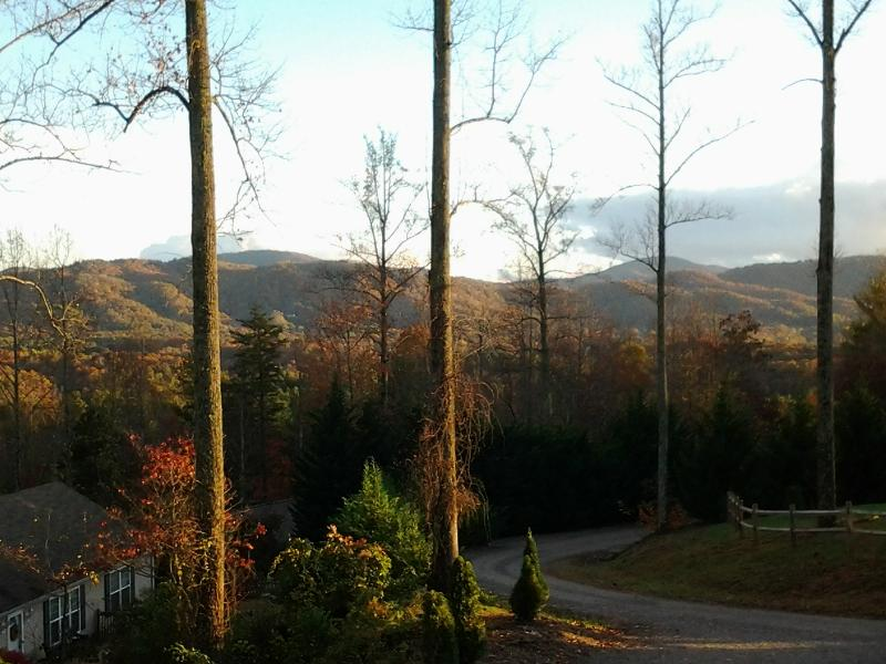 Distant mountain views and sunsets from front covered deck, log rocking chairs. - Asheville Mountain, Views, Close to Downtown, NEW - Asheville - rentals