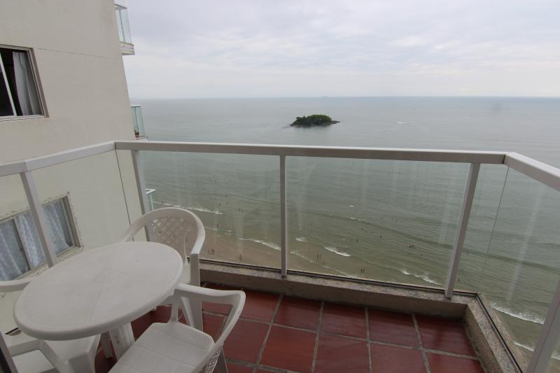 Charming seaview apartment in front of the beach. - Image 1 - Balneario Camboriu - rentals