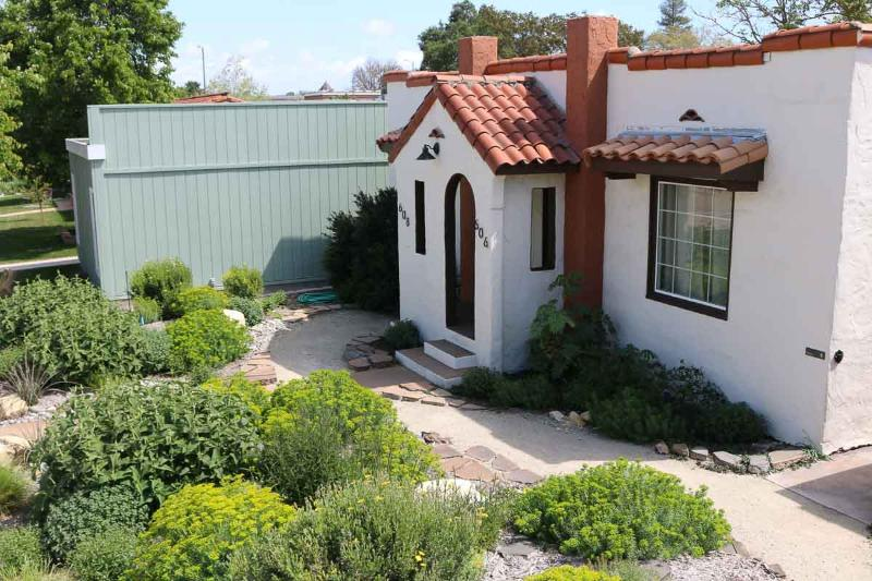 Casita Rojo- Charming Downtown Paso - Image 1 - Paso Robles - rentals
