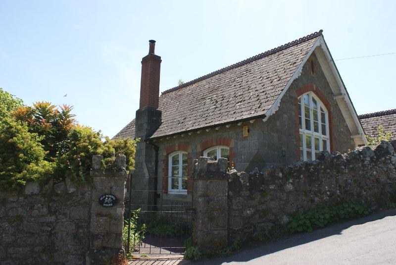 The Old School House - Image 1 - Newton Abbot - rentals