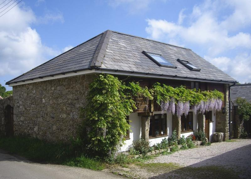The Linhay - Image 1 - Whiddon Down - rentals