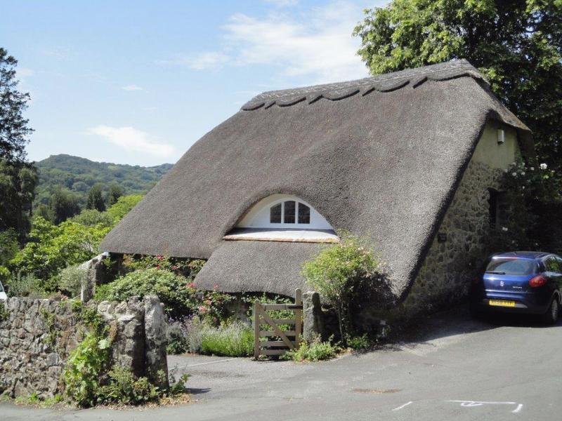 The Tallet House - Image 1 - Lustleigh - rentals
