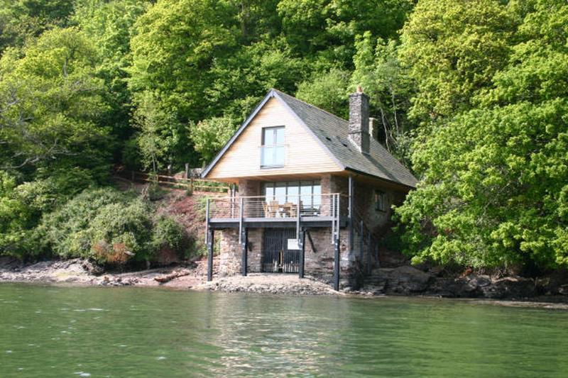 Sandridge Boathouse - Image 1 - Stoke Gabriel - rentals