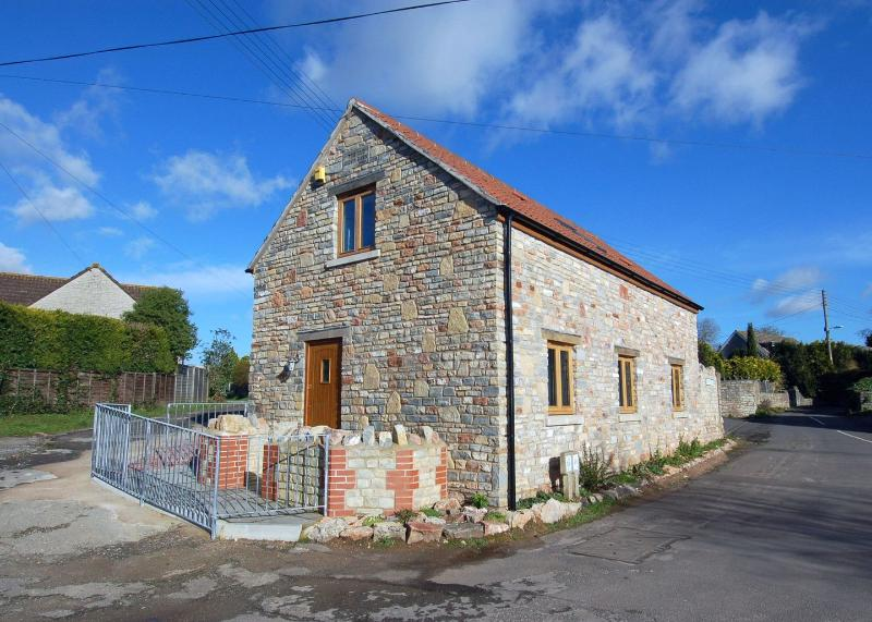 The Old Cider Barn - Image 1 - Wookey - rentals