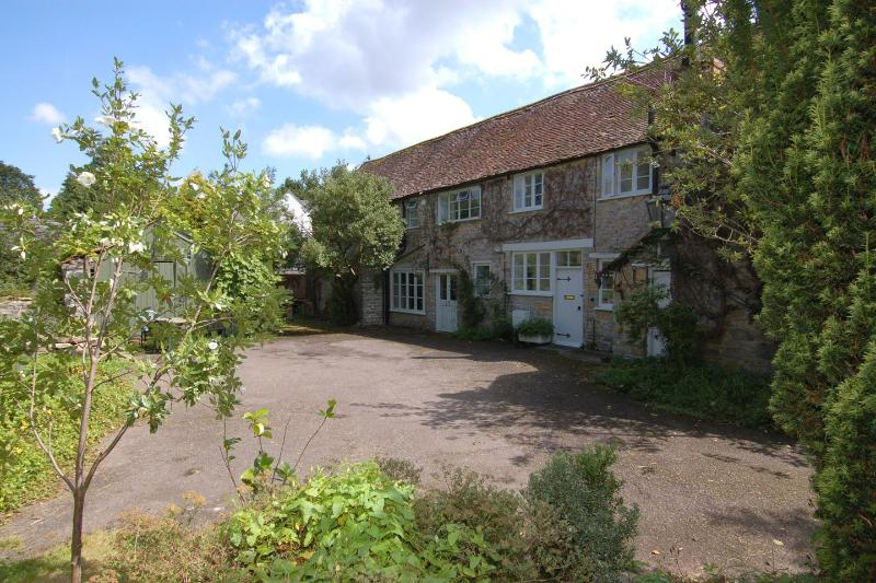 Quist Cottage - Image 1 - Taunton - rentals