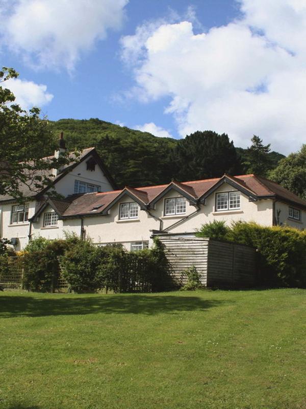 Vale View Apartment - Image 1 - Porlock Weir - rentals