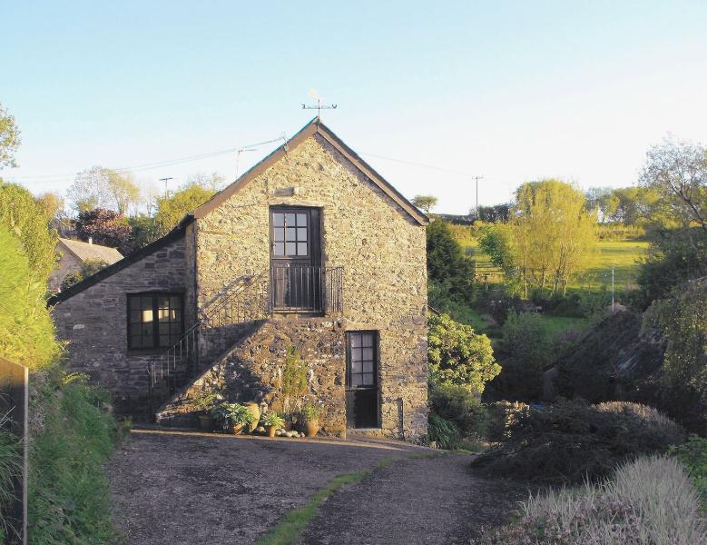 Heale Farm Cottage - Image 1 - Parracombe - rentals