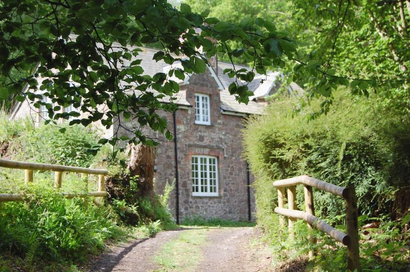 Heyden Cottage - Image 1 - Minehead - rentals
