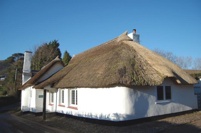 Alice Cottage - Image 1 - Minehead - rentals