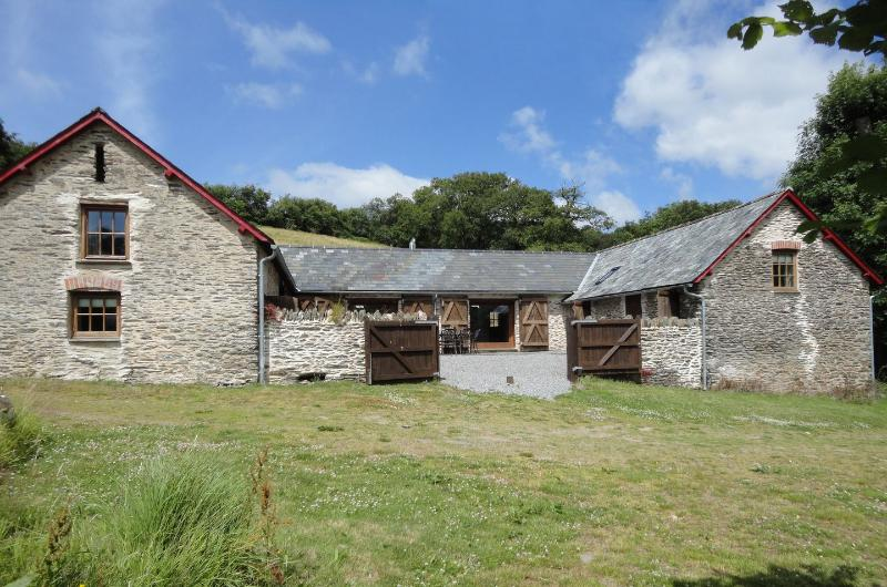 Nethercote Byre - Image 1 - Withypool - rentals