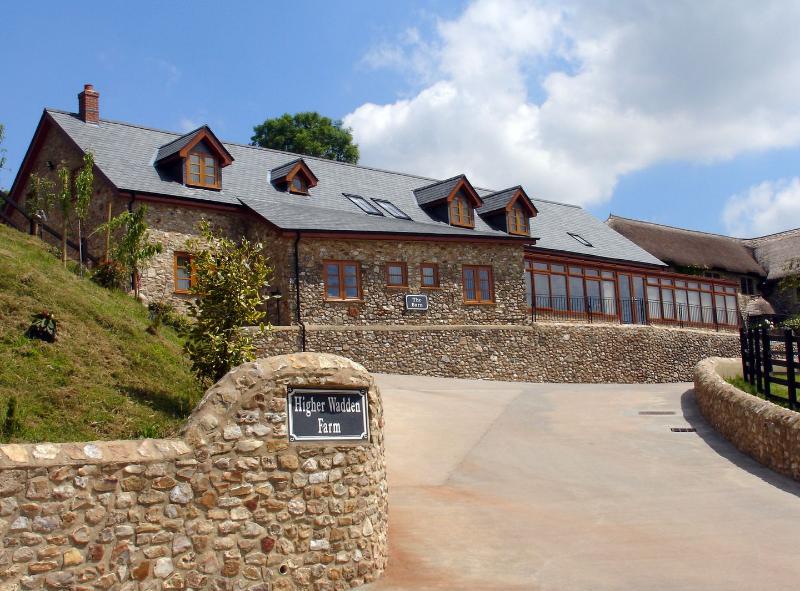 The Barn - Image 1 - Colyton - rentals