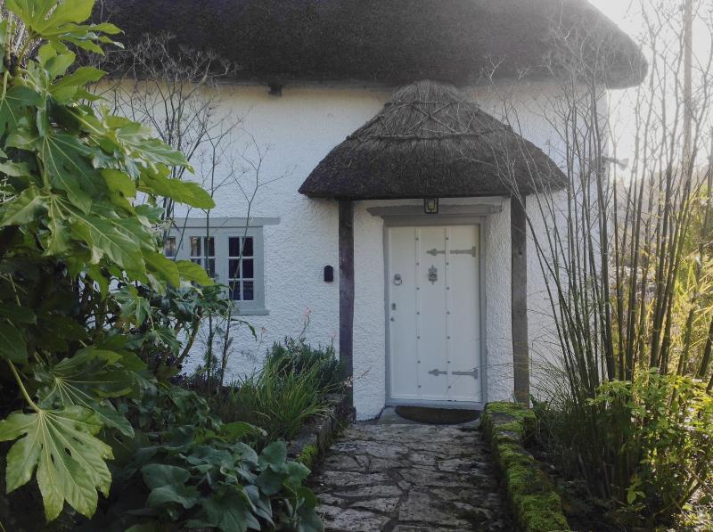 Marlborough Cottage - Image 1 - Axminster - rentals