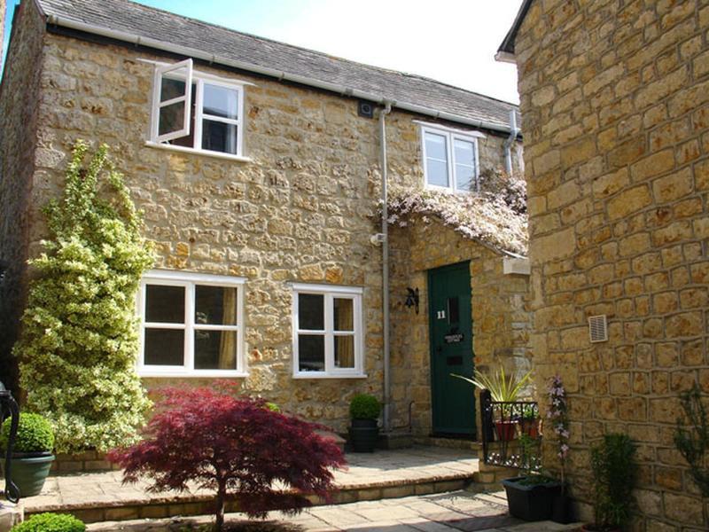 Fiddlesticks Cottage - Image 1 - Beaminster - rentals