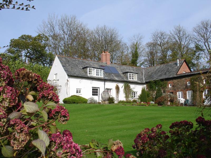 Crookedoak Cottage - Image 1 - Bradford - rentals