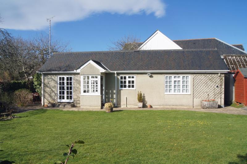 Wolston Cottage - Image 1 - Ashburton - rentals