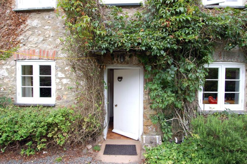 Fern Cottage - Image 1 - Aveton Gifford - rentals