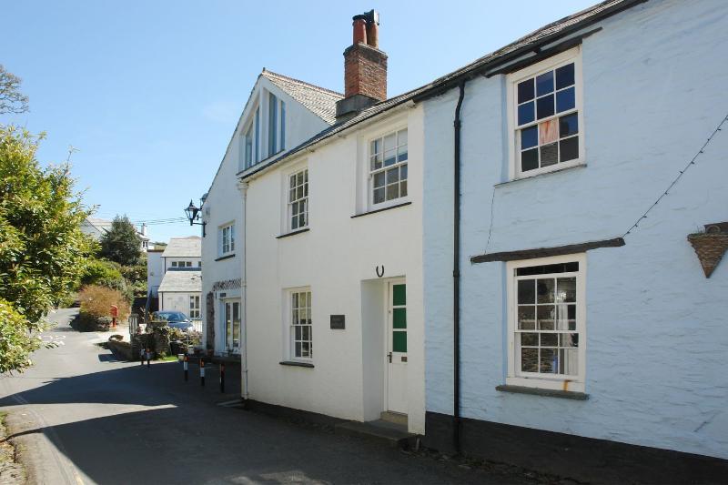 Dunn Cottage - Image 1 - Boscastle - rentals