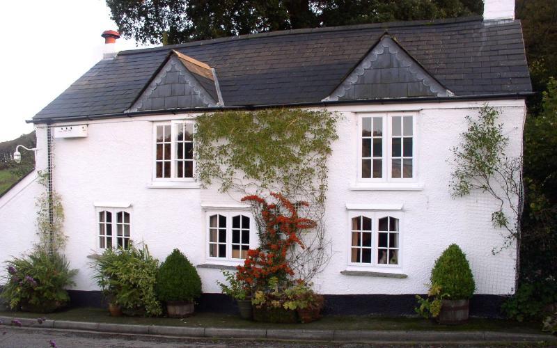 Briar Cottage - Image 1 - Kennards House - rentals