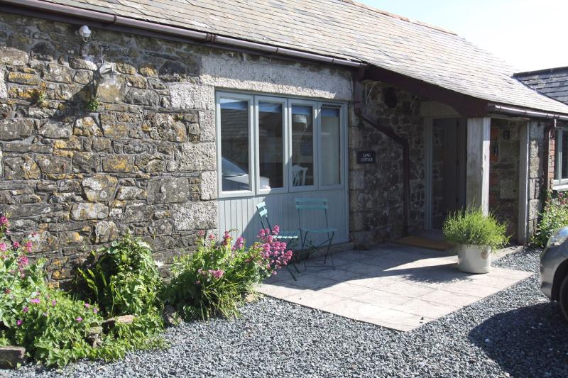 Long Cottage - Image 1 - Trelights - rentals