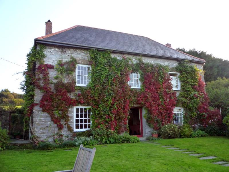 Roskear Farm - Image 1 - Wadebridge - rentals