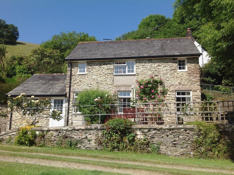 Barn Cottage - Image 1 - Duloe - rentals