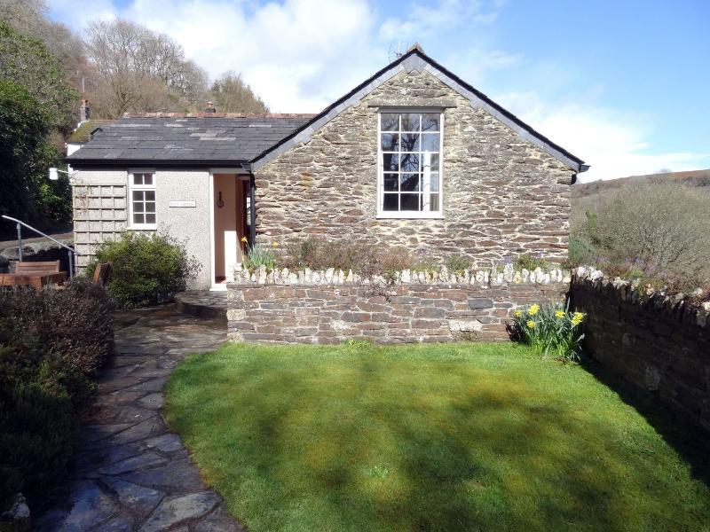 Hobb Cottage - Image 1 - Duloe - rentals