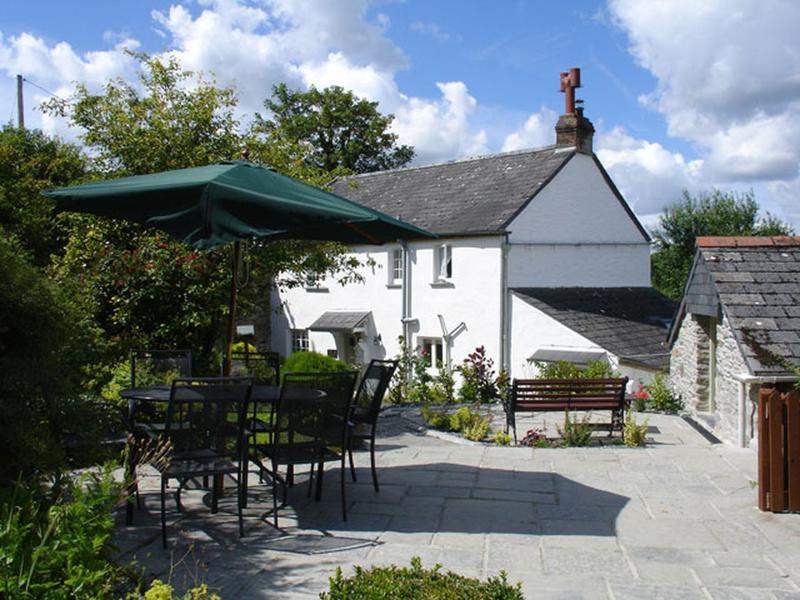 1 Rose Cottages - Image 1 - Lostwithiel - rentals