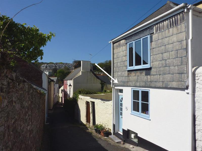 Chough Cottage - Image 1 - Kingsand - rentals