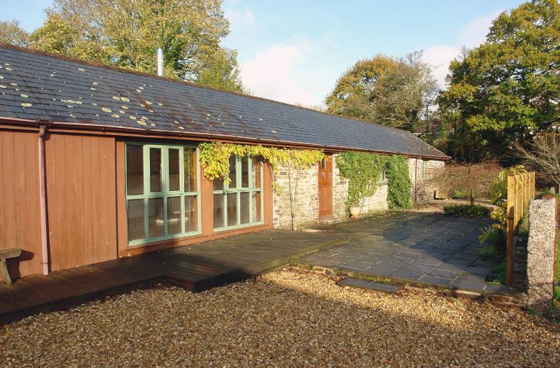 Shute Barn - Image 1 - Lerryn - rentals