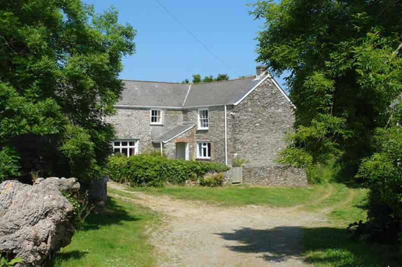 Polcreek Farmhouse - Image 1 - Veryan in Roseland - rentals